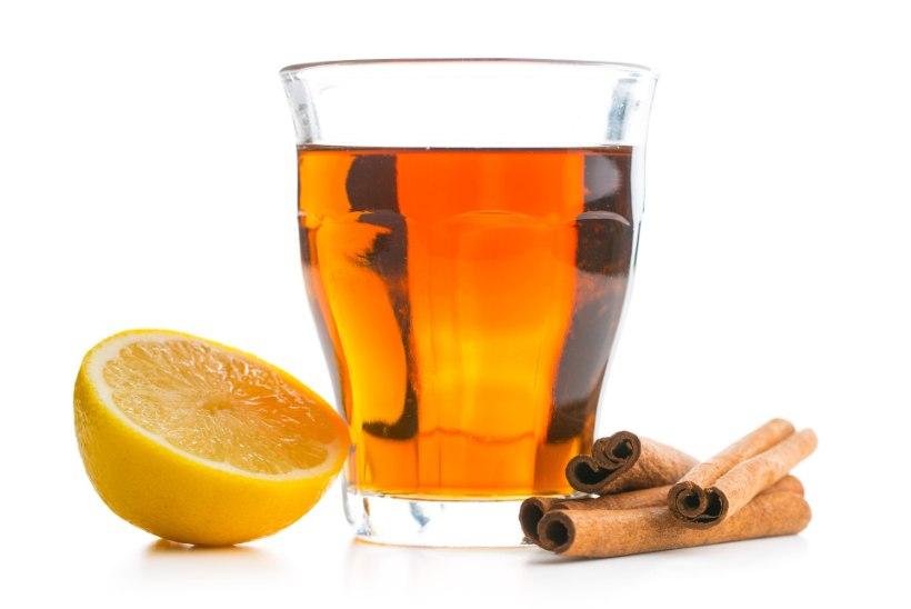 kas kuuma vee mesi ja sidruni poletada rasva