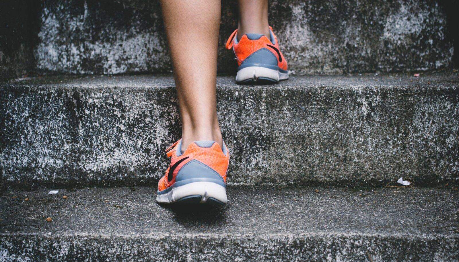 jalutage kodus 3 miili kaalulangus jalutuskaik parimad toidud lihaste ehitamiseks ja rasva poletamiseks